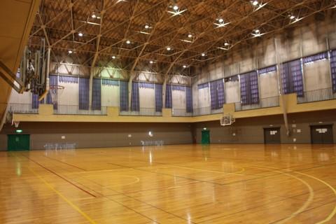 東部体育館(内観)の写真